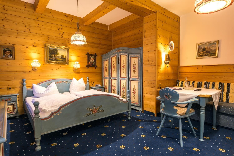 Hotel Garni Almenrausch & Edelweiß in Garmisch-Partenkirchen, Almenrausch und Edelweiss, Studio Waxenstein, Familienzimmer